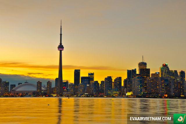 Vé máy bay đi Toronto, Canada giá rẻ nhất
