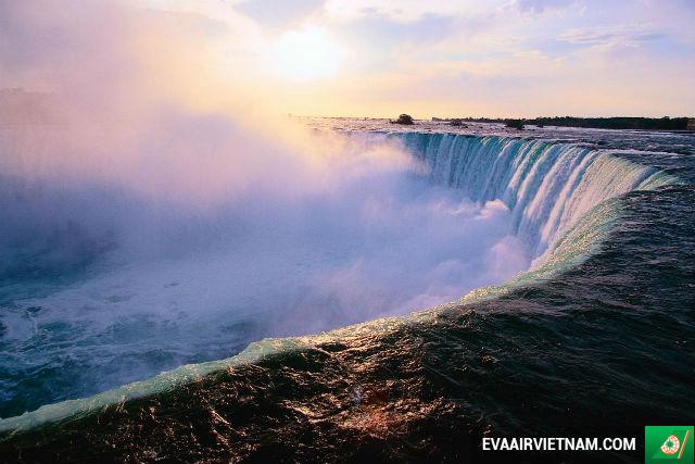 Vé máy bay giá rẻ hãng EVA Air đi Canada