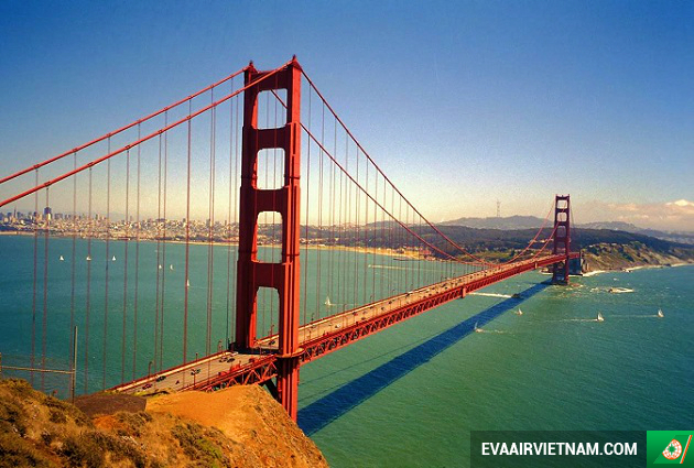 ve may bay di san francisco eva air