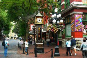 Trải nghiệm những địa danh hút khách ở Vancouver