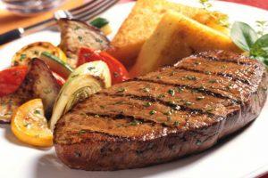 Những món ăn nên thưởng thức qua ở Canada