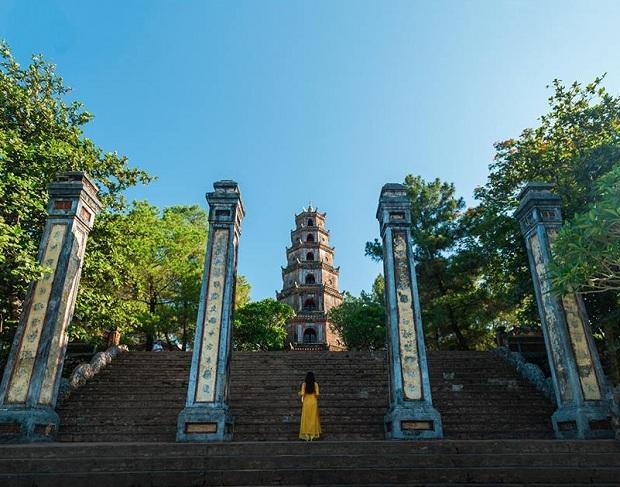 Vé máy bay từ Mỹ về Việt Nam ghé thăm thành phố Huế xinh đẹp