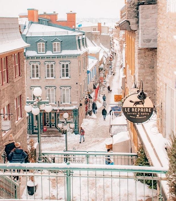 Vé máy bay đi Quebec