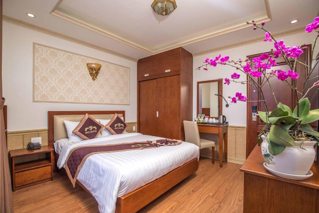 Phòng superior Khách sạn roy dala đà lạt