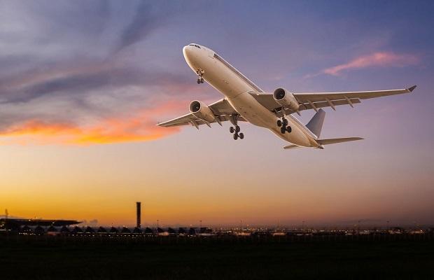 Chuyến bay từ Los Angeles về Sài Gòn sắp cất cánh