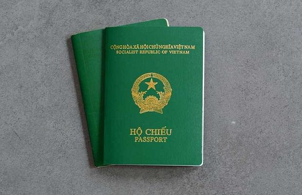 Giấy tờ thông hành đối với người Việt