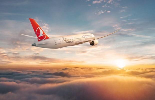 Chuyến bay từ Toronto về Sài Gòn